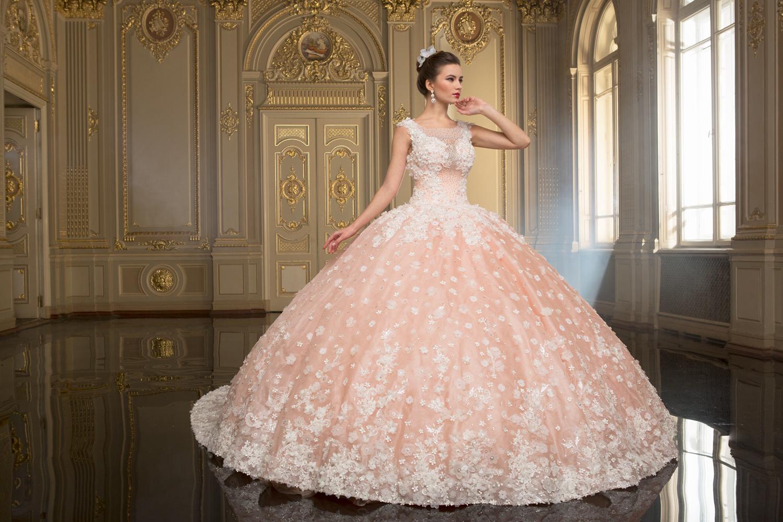 19b2878ac8b9f1 Рожеві весільні сукні 2017 року